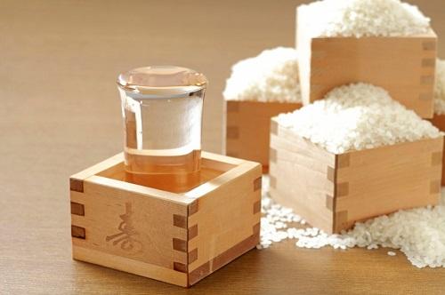 日本酒と新米